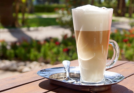 Café Utam Momentos Extraforte Gelado com Sorvete e Licor